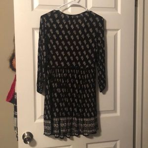 Forever 21 Dresses - Black and white floral printed boho tunic/dress S